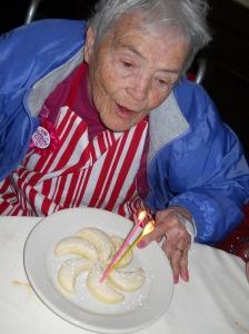 Lemon cookie birthday candles